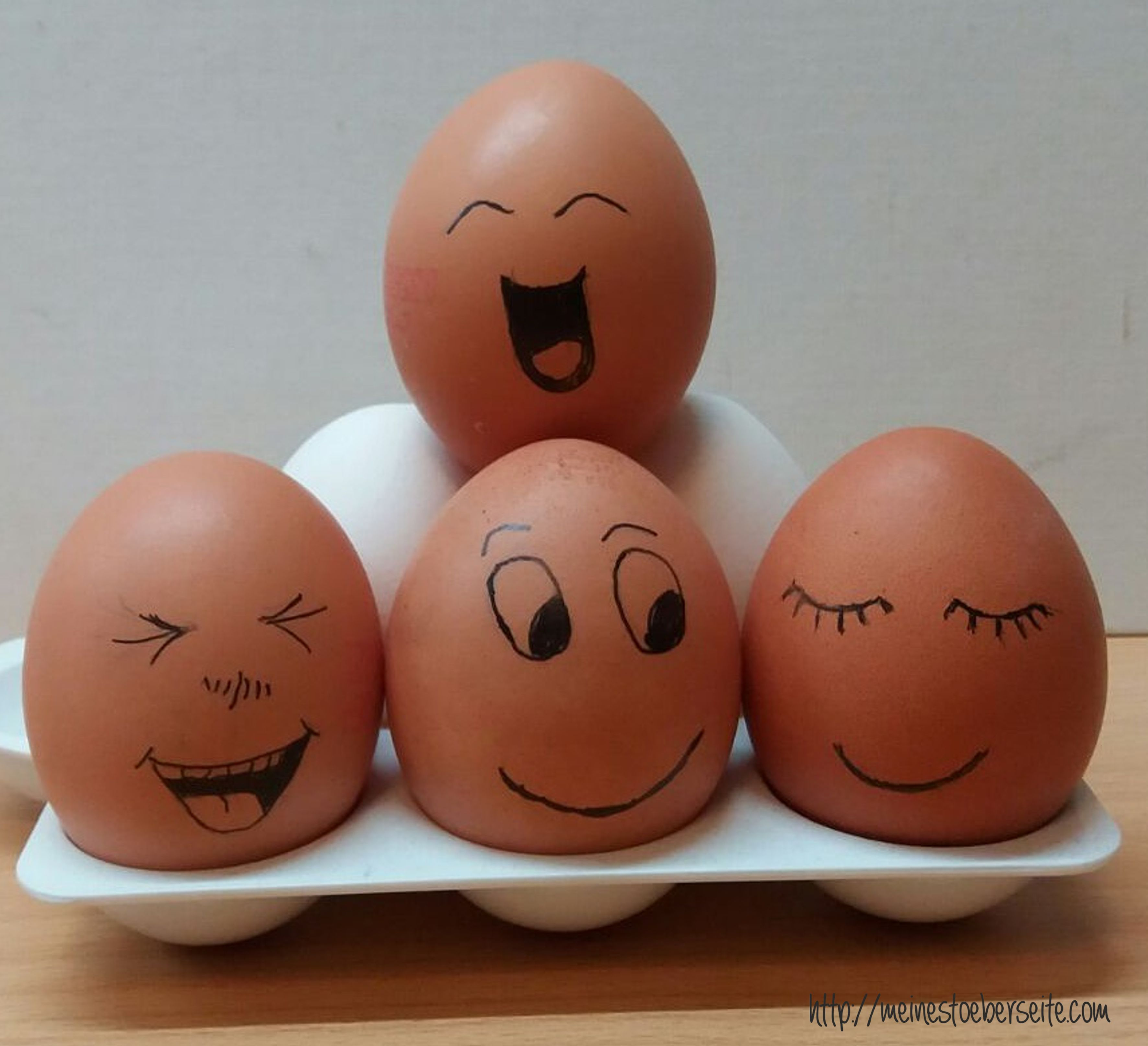 721 Eier mit Gesicht – meinestoeberseite